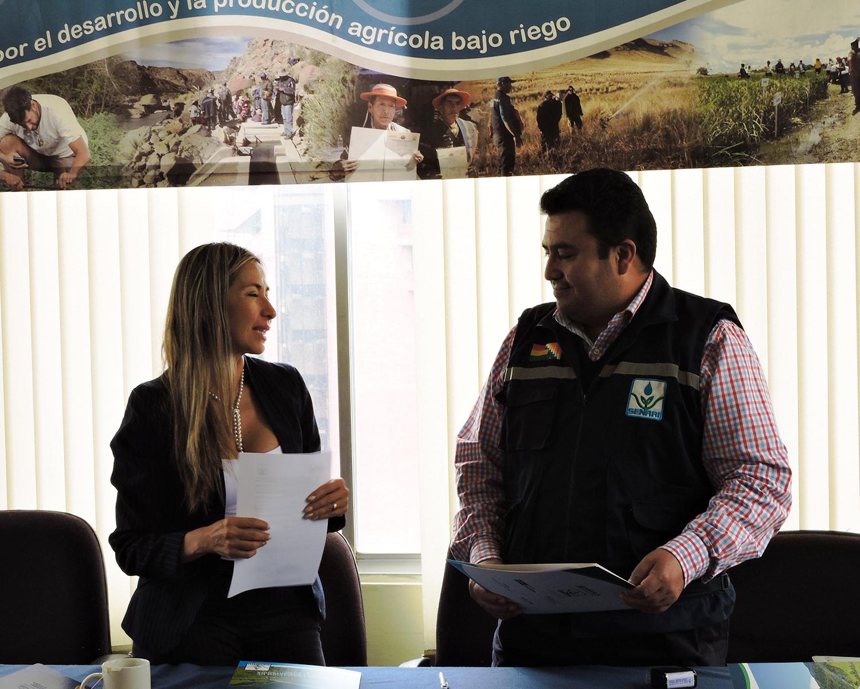 FIRMA DEL CONVENIO NATURA BOLIVIA CON SENARI